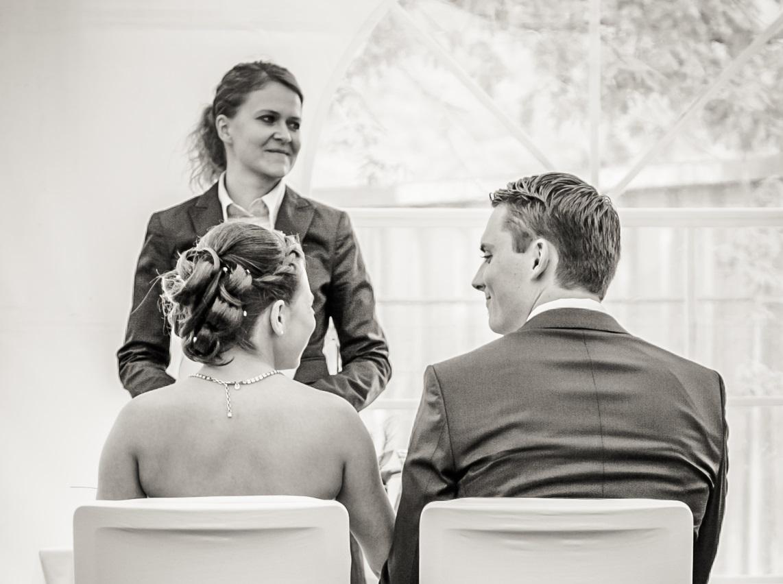 Foto von einem Brautpaar bei einer freien Trauung von Ingrid Rupp