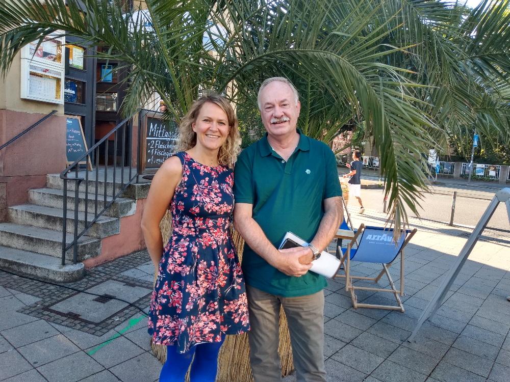 Freie Traurednerin Ingrid und Rainer Himmel beim Netzwerken