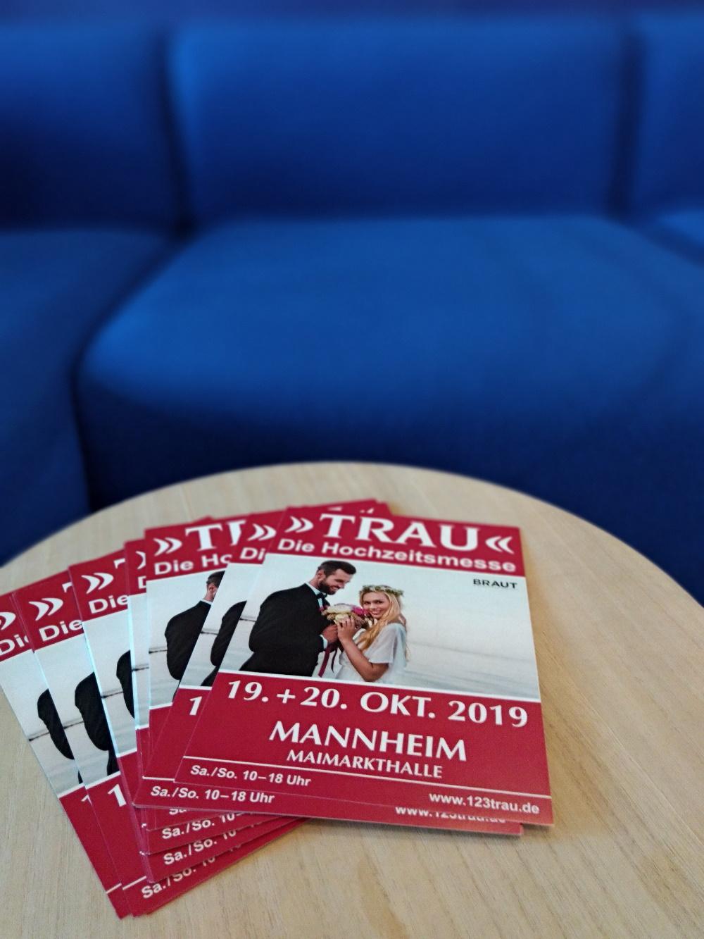 Flyer von der TRAU-Hochzeitsmesse in Mannheim