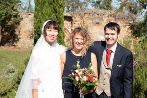 Brautpaar nach der freien Trauung mit freiheiraten