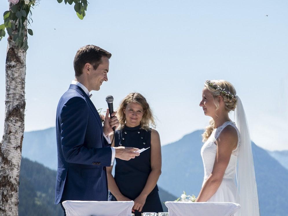 Freie Trauung mit Eheversprechen und Ingrid von freiheiraten in Heidelberg