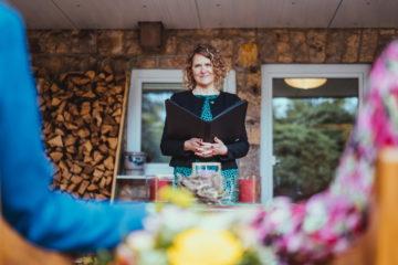 Traurednerin Ingrid Rupp